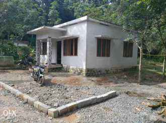 Residential House/Villa for Sale in Kottayam, Changanassery, Santhipuram