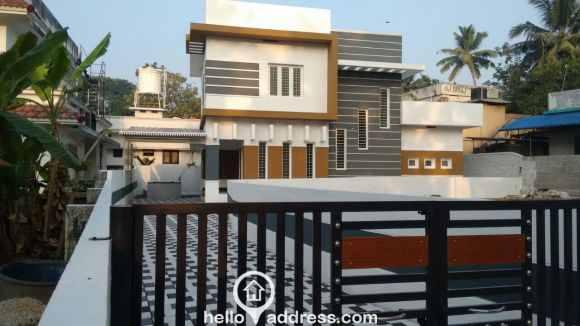Residential House/Villa for Sale in Ernakulam, Aluva, Aluva