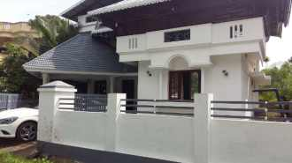 Residential House/Villa for Sale in Thrissur, Irinjalakuda, Irinjalakuda, Koodalmanikyam Temple