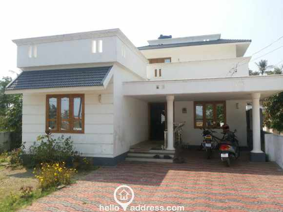 Residential House/Villa for Sale in Palakad, Palakkad, Pirayiri