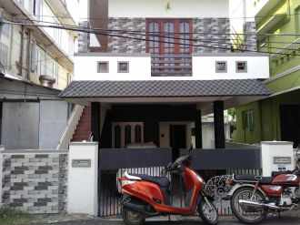 Residential House/Villa for Rent in Ernakulam, Ernakulam town, Pachalam, S.R.M. Road