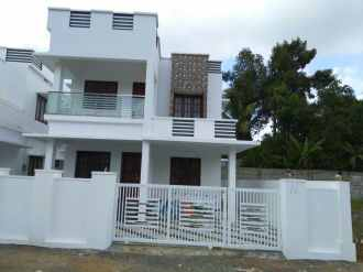 Residential House/Villa for Sale in Ernakulam, Aluva, Kuttamasserry, Thottumugam