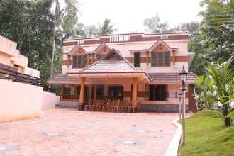 Residential House/Villa for Rent in Trivandrum, Sreekariyam, Chakkalamukku, Chempazhanthy Road