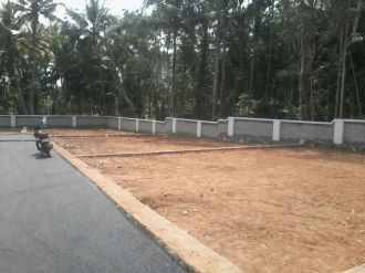 Residential Land for Sale in Trivandrum, Kazhakoottam, Vetturoad junction