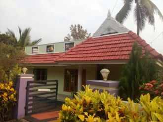 Residential House/Villa for Sale in Ernakulam, Perumbavoor, Vengoor, Kuruppampady