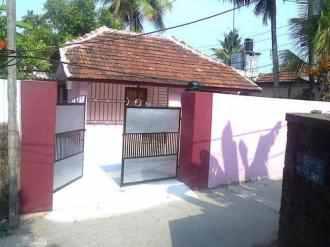 Residential House/Villa for Rent in Kottayam, Kottayam, Thirunakkara, Behind NSS school