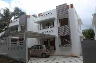 Residential House/Villa for Sale in Ernakulam, Aluva, Aluva, Chembirakki