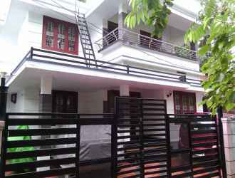 Residential House/Villa for Sale in Kozhikode, Calicut, Karaparamba