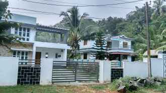 Residential House/Villa for Rent in Palakad, Ottappalam, Shoranur, Near Chola Kulam