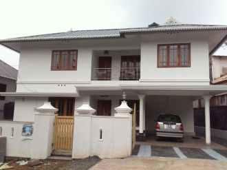Residential House/Villa for Sale in Ernakulam, Kolenchery, 10th mile, puthencruz, Manathadam