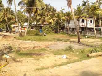 Residential Land for Sale in Ernakulam, Thoppumpady, Thoppumpady, Illickal   junction