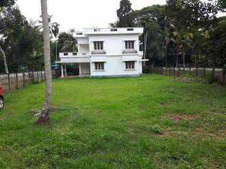 Residential House/Villa for Sale in Ernakulam, Paravur, Paravur, Vazhikulamkara