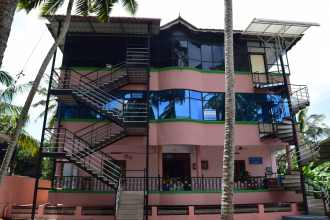 Commercial Building for Sale in Trivandrum, Sreekariyam, CET college