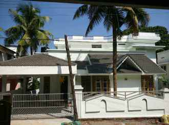 Residential House/Villa for Rent in Ernakulam, Aluva, Choondi, Estate Road